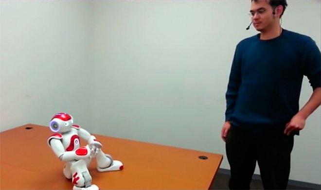 Робот Шафер во время занятий