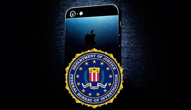 Для взлома айфона террориста ФБР воспользовалось услугами хакера