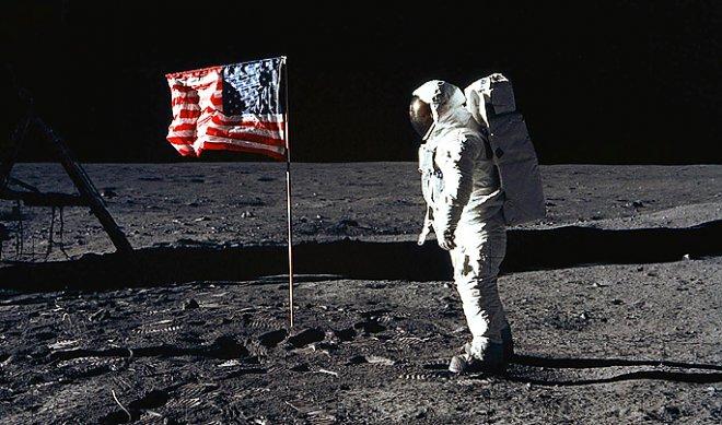 Вибрирующие космические ботинки помогут астронавтам ориентироваться на Луне и Марсе