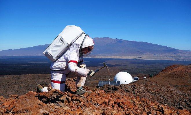 Завершился эксперимент, имитирующий 12-месячное пребывание на Марсе