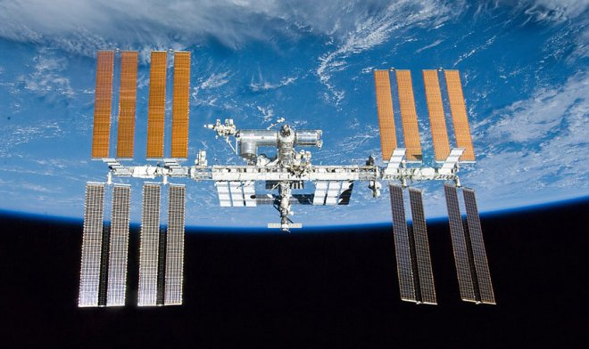 Астронавты NASA удачно  завершили шестичасовые работы воткрытом космосе