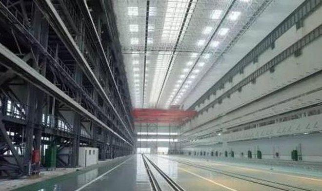 КНР строит крупнейший вмире завод подводных лодок