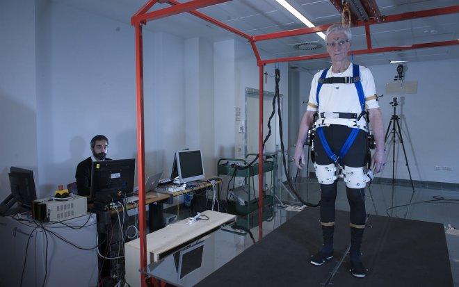 Экзоскелет для престарелых людей создан учеными
