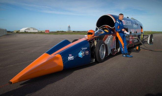 Сверхзвуковой автомобиль Bloodhound готовится установить рекорд скорости в1600 км/ч