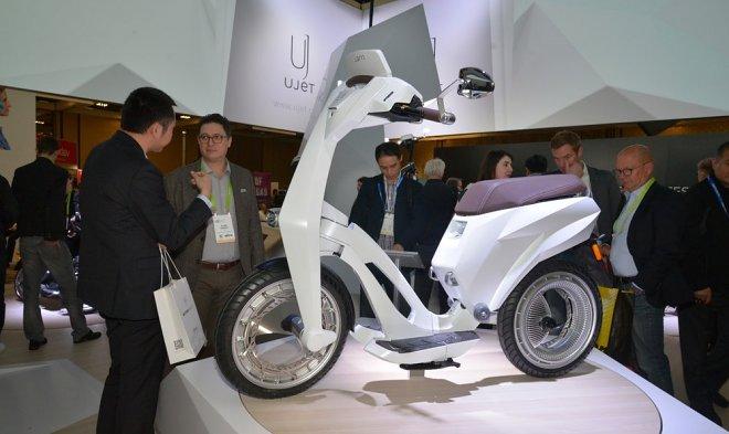 Новому электроскутеру Ujet с орбитальными колесами не нужны оси
