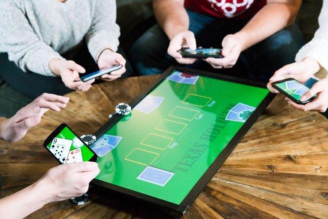 PlayTable — первая в мире игровая блокчейн-консоль