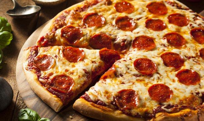 Компания Little Caesars запатентовала робота, который делает идеальную пиццу