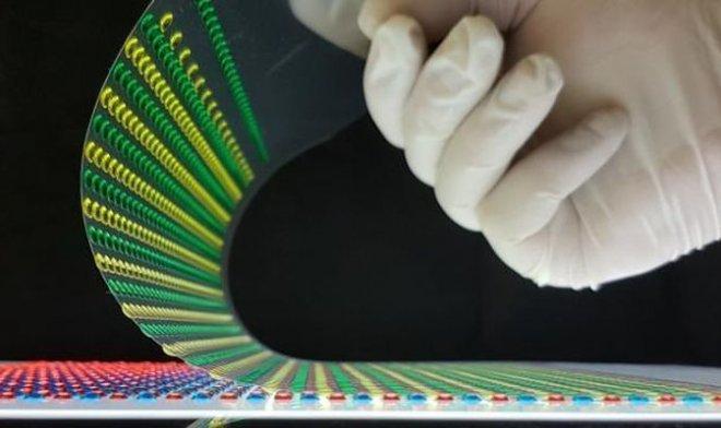 Бумага с гидрогелем из Швейцарии мгновенно генерирует 110 вольт электричества