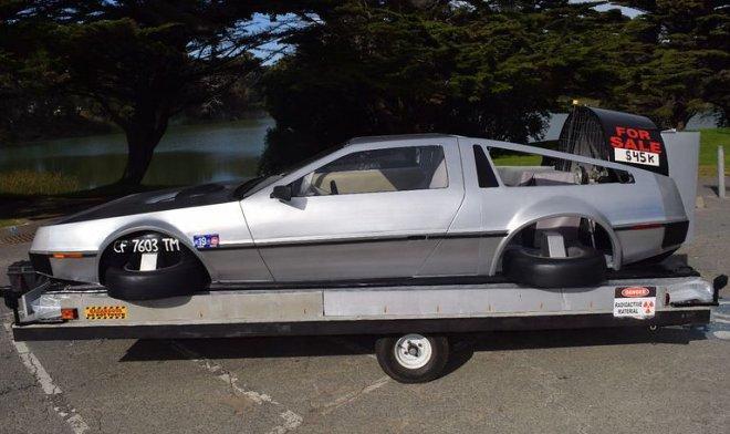На eBay выставили настоящий летающий DeLorean