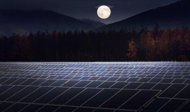 Реверсивные солнечные панели вырабатывают энергию даже ночью