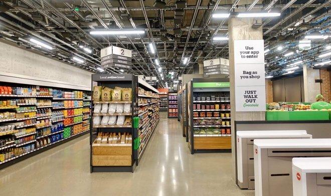 В Сиэтле открылся первый продуктовый магазин AmazonGo без продавцов