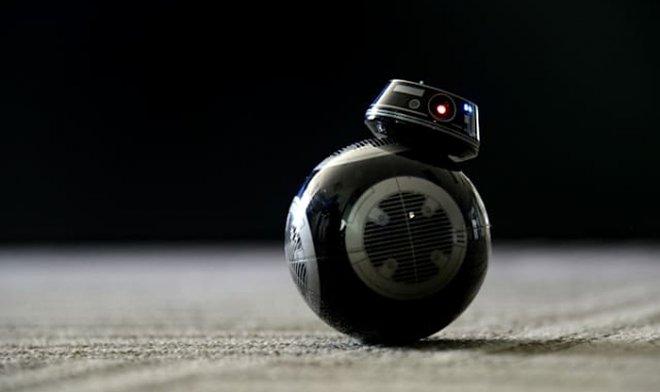 Робот Sphero