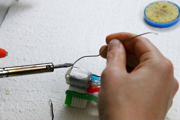 Как сделать машину робота в домашних условиях