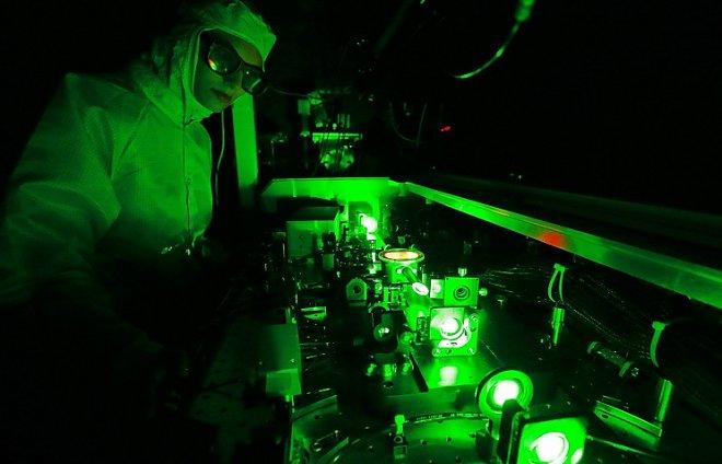 In the laboratory of Nizhny Novgorod State University