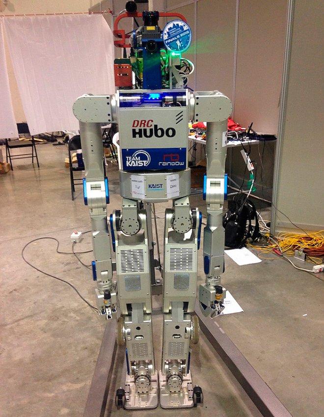 Победитель соревнований робот Kaist