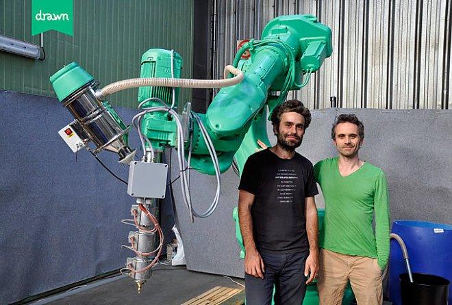 Чарпиот и робот Галатея