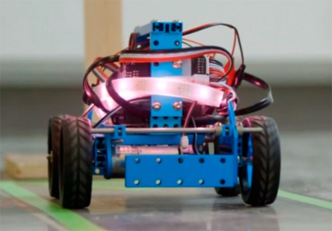 Robot under the control of bacteria