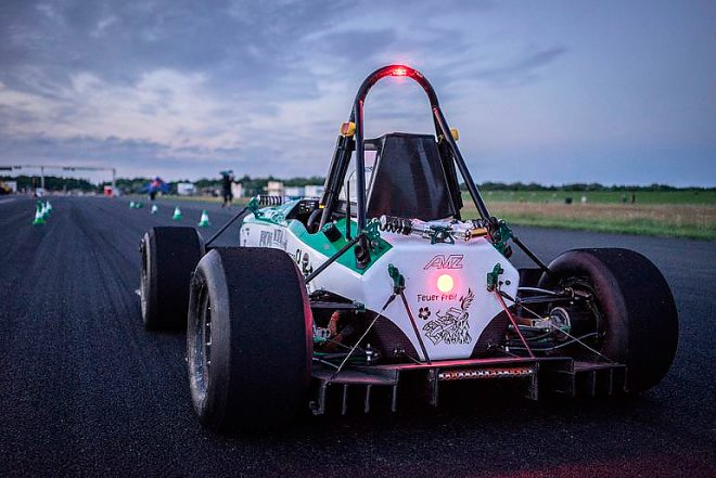Electric Vehicle GreenTeam