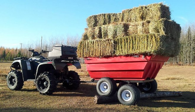 Trailer Tetra-Pod - carrier of hay