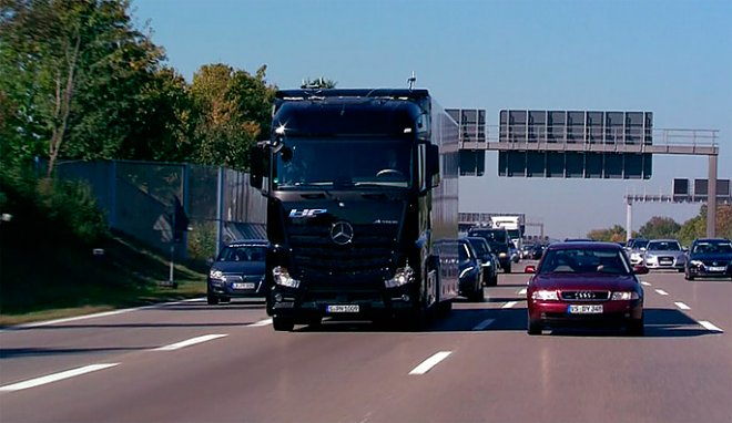 Actros with autopilot