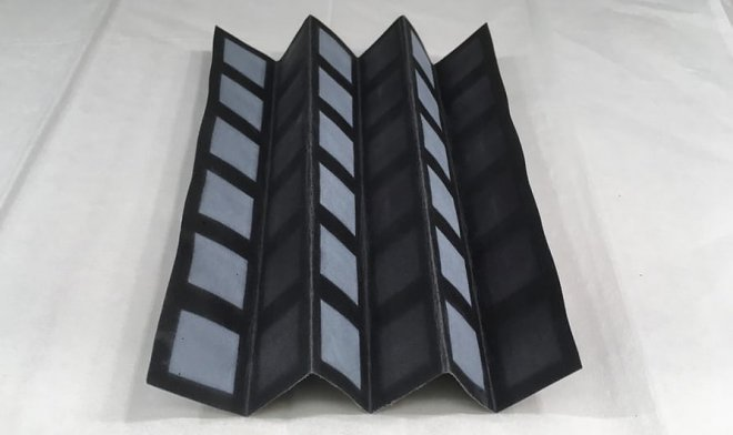 Foldable paper batteries