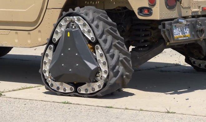 Колеса-трансформеры DARPA мгновенно превращаются в гусеничные траки