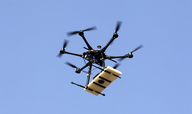 Dron with package