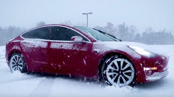 Экстремальная погода «опустошает» аккумуляторы электромобилей
