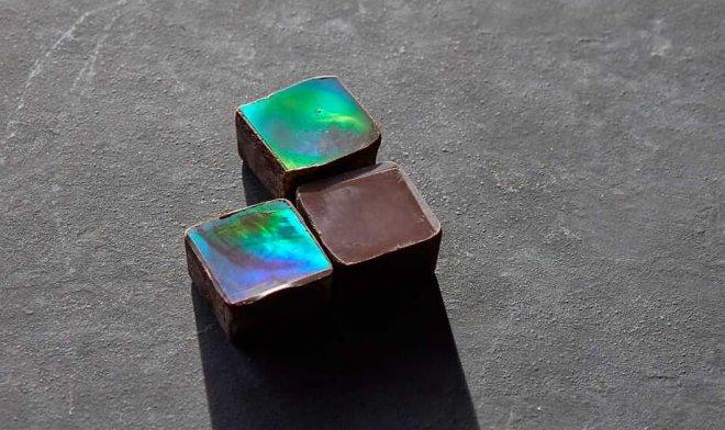 Швейцарские ученые разработали необычный шоколад-хамелеон