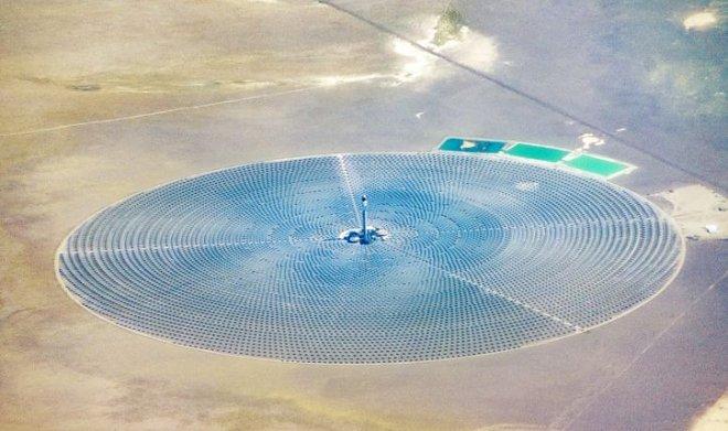 Самая продвинутая солнечная электростанция в мире терпит неудачи