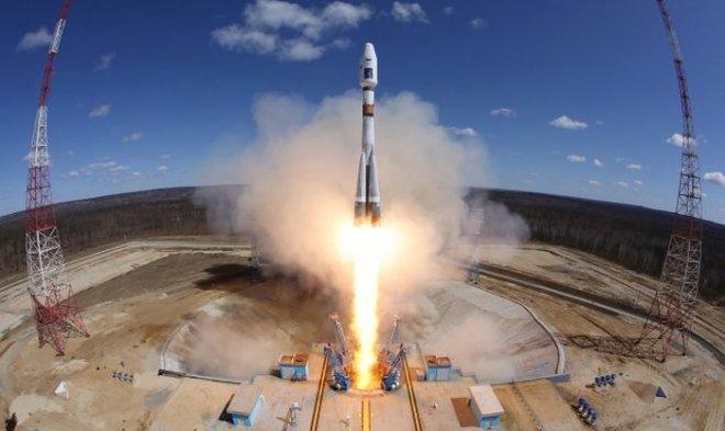 Роскосмос объявил о разработке новой ракеты, удивительно напоминающей Falcon 9