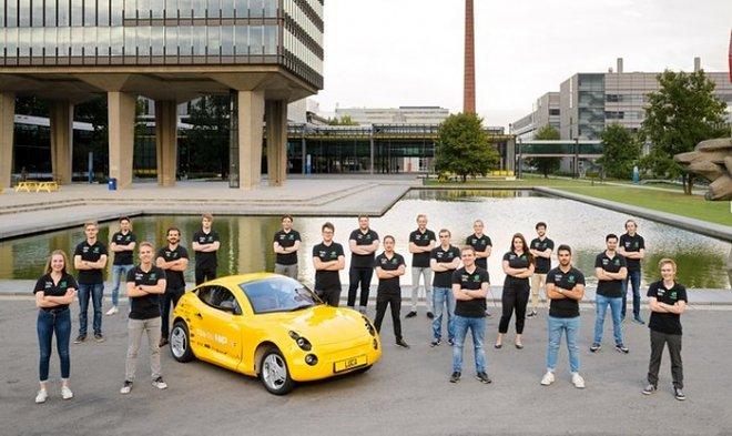 Студенты-инженеры из Нидерландов собрали автомобиль из переработанного мусора