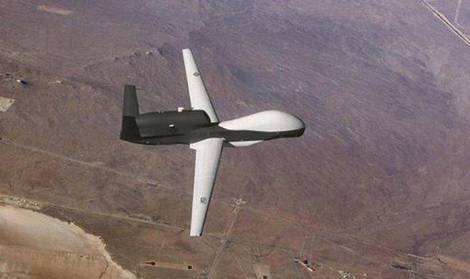 В небе Калифорнии замечен неизвестный самолет – ВВС США отказались от комментариев
