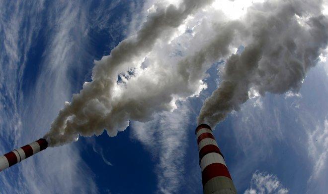 Ученые из Оксфорда научились превращать CO2 в реактивное топливо