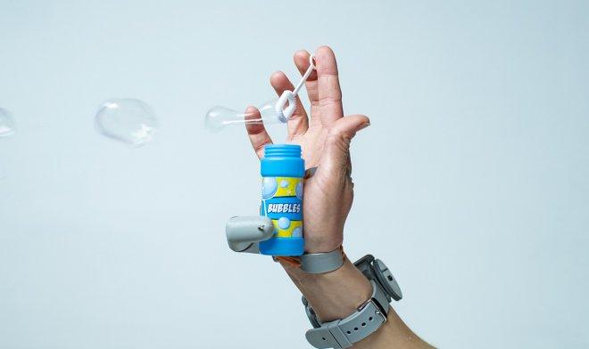 Искусственный палец