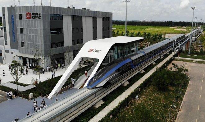 В Китае создали сверхскоростной поезд, способный разгоняться до 600 км/ч